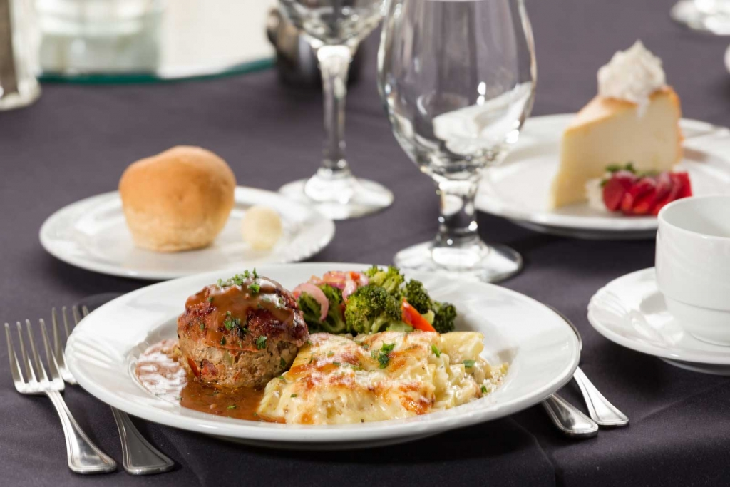 Catering by Norris delivers amazing meals for parties, weddings, dinners and all social occasions, Sirloin Meatloaf with Chipotle Glaze, seasonal vegetables and potatoes au gratin