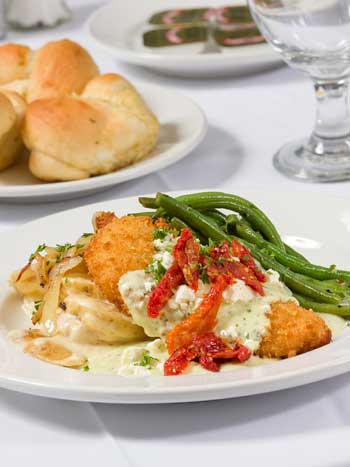 Catering By Norris offers full meals with delicious sides and the best service