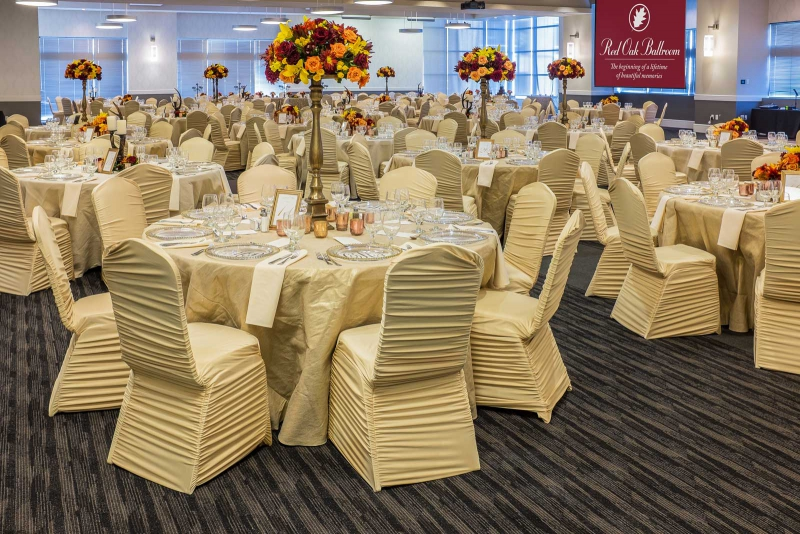 Choose the Red Oak Ballroom for your next social function